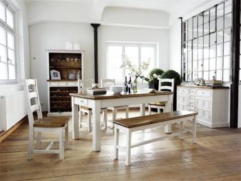 Stół drewniany z kolekcji MADIE
